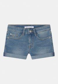 Calvin Klein Jeans - SLIM - Denim shorts - denim - 0