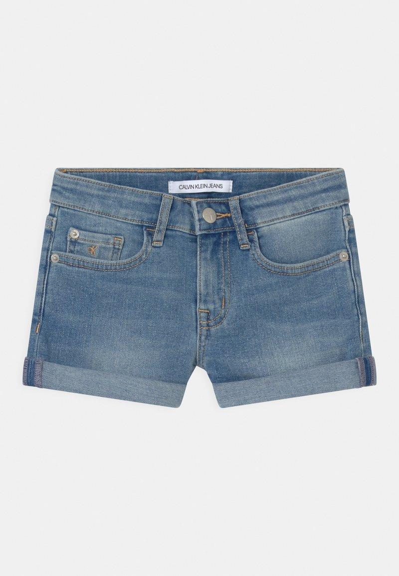 Calvin Klein Jeans - SLIM - Denim shorts - denim