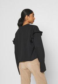 adidas Originals - CREW NECK - Camiseta de manga larga - black - 2