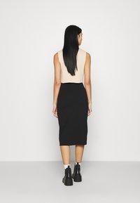 Even&Odd - 2 PACK - Pencil skirt - black/bordeaux - 3