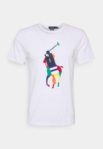 CUSTOM SLIM FIT BIG PONY JERSEY T-SHIRT - Print T-shirt - white