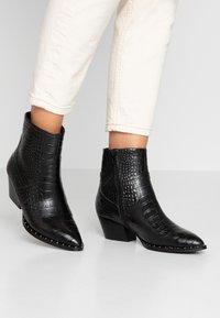 ALDO - AGROACIA - Cowboy/biker ankle boot - black - 0