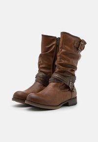 Mustang - Cowboy/Biker boots - cognac - 2