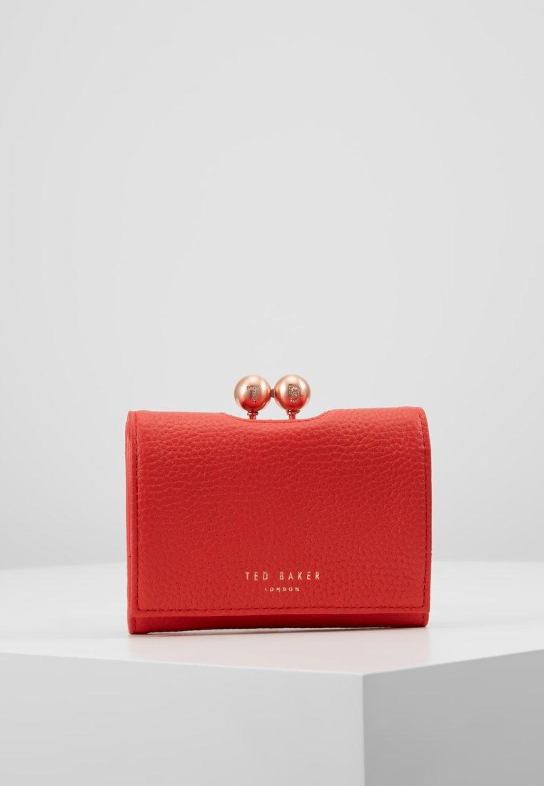 Ted Baker - MACIEY - Peněženka - bright red