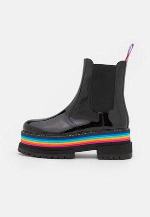 BIRDIE RAINBOW CHELSEA - Platform ankle boots - black