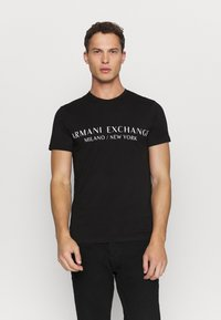 Armani Exchange - T-shirt med print - black - 0
