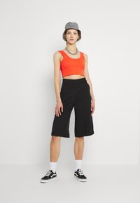 Monki - LUNA CULOTTE - Shorts - black dark - 1
