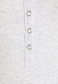 Cotton On Body - LONGSLEEVE HENLEYNIGHTIE - Nightie - soft grey marle - 2