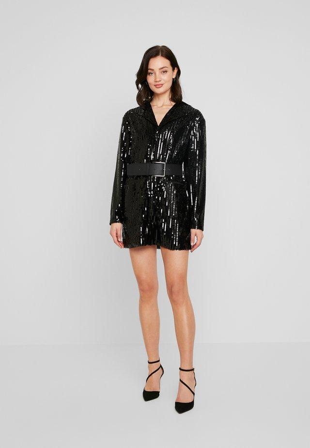 SUIT DRESS - Vestido de cóctel - black