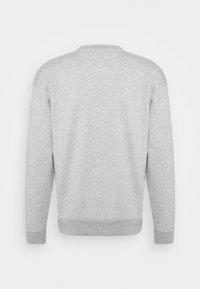 Mennace - ESSENTIAL REGULAR UNISEX - Sweatshirt - mottled grey - 1