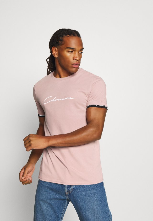 HIDDEN LOGO BAND TEE - Print T-shirt - pink