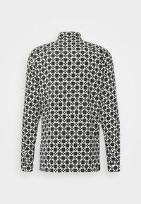sandro - CROSS - Shirt - noir - 1