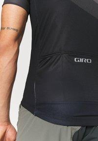 Giro - CHRONO SPORT - Pyöräilypaita - black render - 4