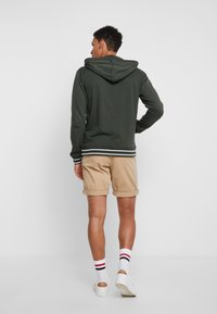 Tiffosi - AGUIRRE - Zip-up hoodie - forest night - 2