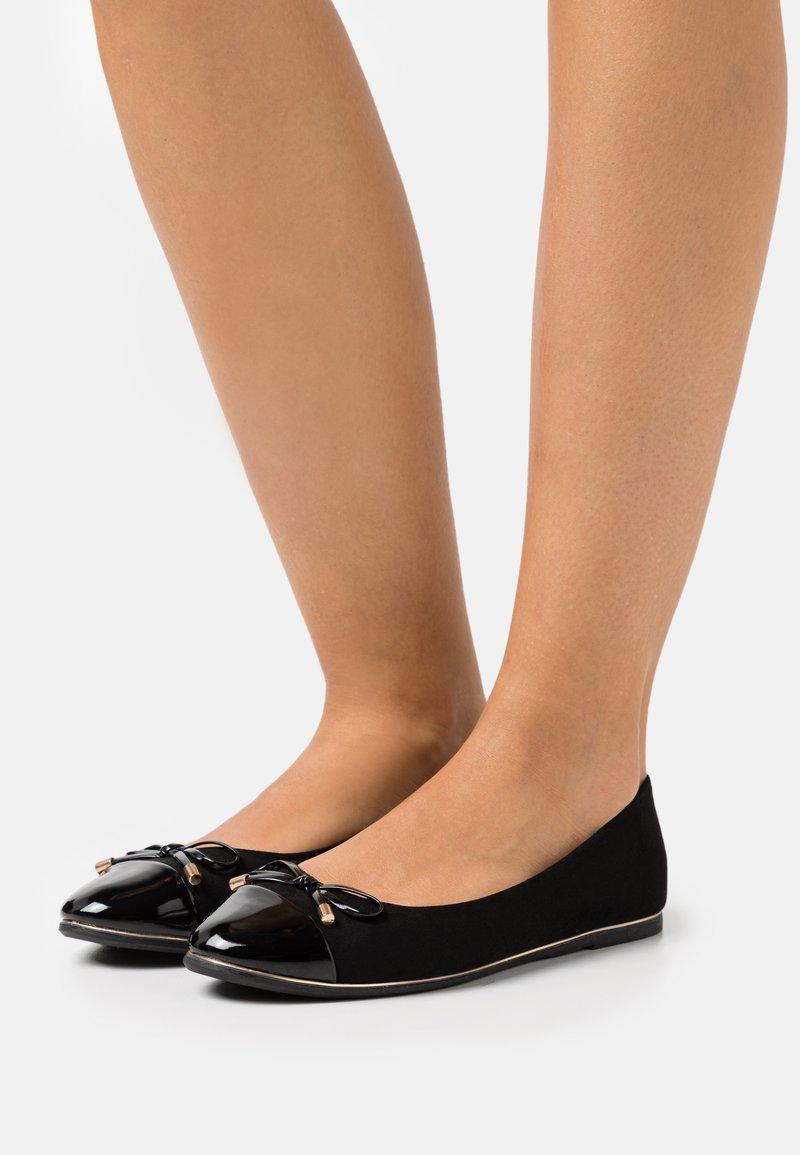 Dorothy Perkins - PINE TOE CAP RAND - Ballerina - black