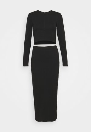 AMAZING SKIRT SET - Pencil skirt - black