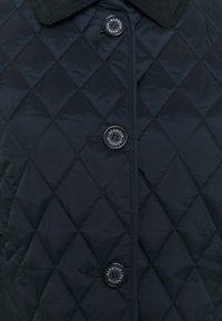 Barbour - OMBERLSEY QUILT - Lehká bunda - dark navy - 2