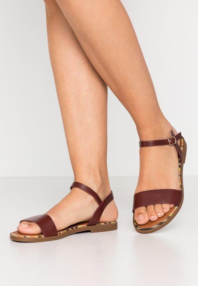 Sandály - bordeaux