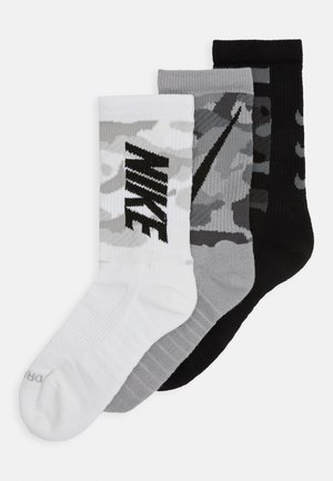 EVERYDAY MAX CREW 3 PACK UNISEX - Sports socks - multicolor