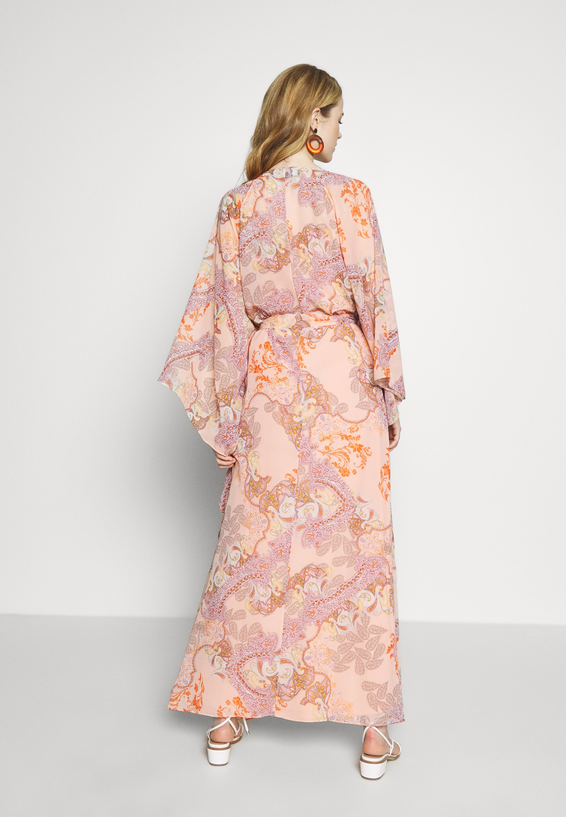 Niedrogi Duża obniżka Ilse Jacobsen LUMY - Długa sukienka - coral blush | Odzież damska 2020 NitOt