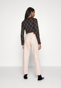 Levi's® - HIGH LOOSE TAPER - Jeansy Relaxed Fit - off-white - 2