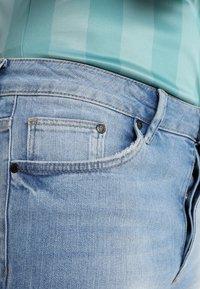 Gym King - DISTRESSED - Jeans Skinny Fit - light wash blue - 5