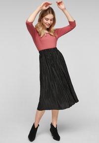 s.Oliver - Pleated skirt - black - 1