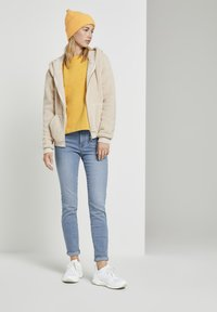 TOM TAILOR DENIM - COZY  - Sweatshirt - indian spice yellow - 1