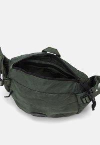 C.P. Company - Bum bag - olive - 3