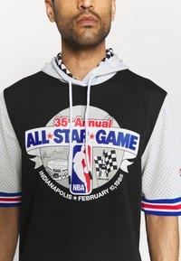 Mitchell & Ness - NBA ALL STAR FASHION HOODY - Print T-shirt - black/silver - 3
