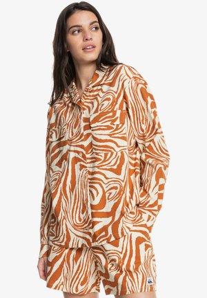 DESTINATION TRIP - Button-down blouse - clay zebradelia