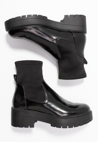 ONLY SHOES - ONLBRANKA TUPE BOOT - Platform ankle boots - black - 3