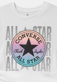 Converse - RUCHED - Camiseta estampada - white - 2