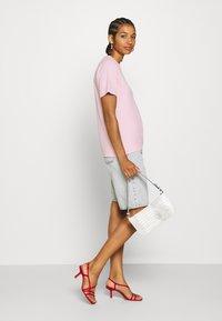 Dickies - STOCKDALE - Camiseta estampada - light pink - 1