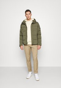 Tommy Hilfiger - HOODED STRETCH - Winter jacket - green - 1