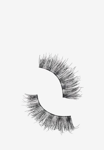 LASH - False eyelashes - in for a frill