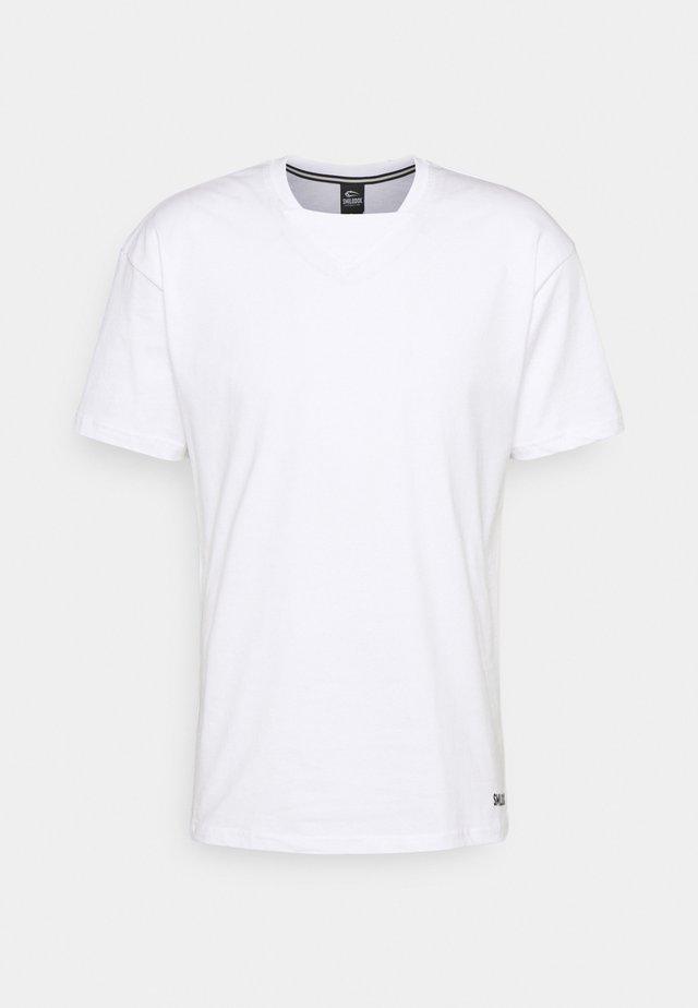 HERREN - Basic T-shirt - weiß