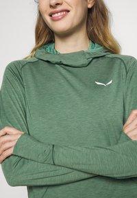 Salewa - PUEZ MELANGE DRY HDY - T-shirt sportiva - feldspar green melange - 4