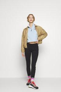 The North Face - WOMEN'S COACH JACKET - Outdoor jacket - kelp tan - 1