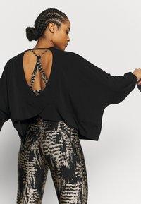 Onzie - Long sleeved top - black - 3