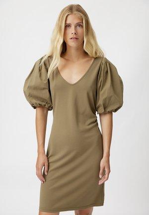 NEMAGZ  - Shift dress - capers