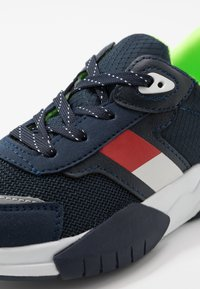Tommy Hilfiger - Trainers - blue - 2