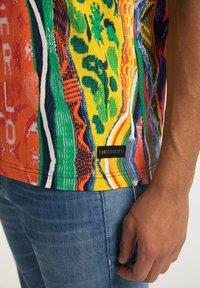Carlo Colucci - Print T-shirt - multi-colored - 3