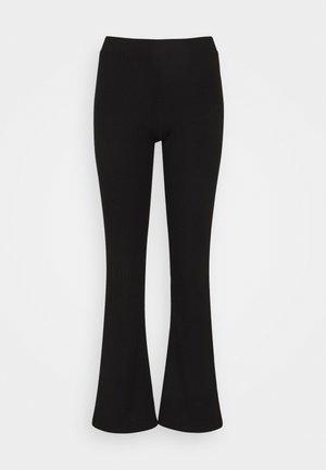 ONLNELLA FLARED PANT - Pantalones - black