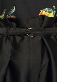 3.1 Phillip Lim - ORIGAMI  - Shorts - black - 4
