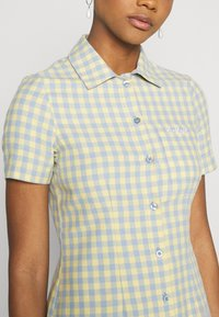 Kickers Classics - GINGHAM SHIRT DRESS - Shirt dress - blue/yellow - 5