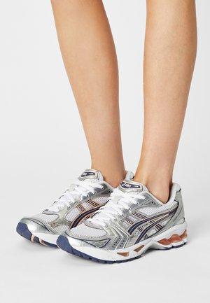 GEL-KAYANO 14 - Sneakers basse - white/thunder blue