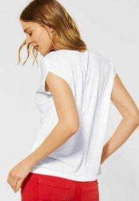 Street One - IM LEINEN LOOK - Basic T-shirt - weiß - 1