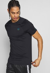 Under Armour - RUSH FITTED  - T-shirt basique - black - 0