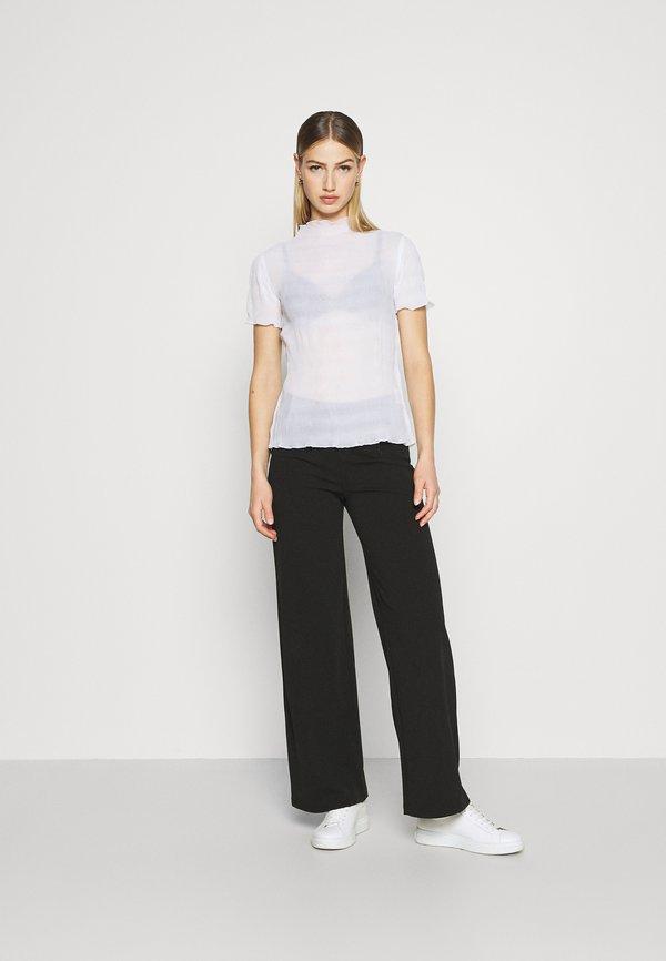 Weekday ELFRIDA TURTLENECK - T-shirt z nadrukiem - white/biały GVIT